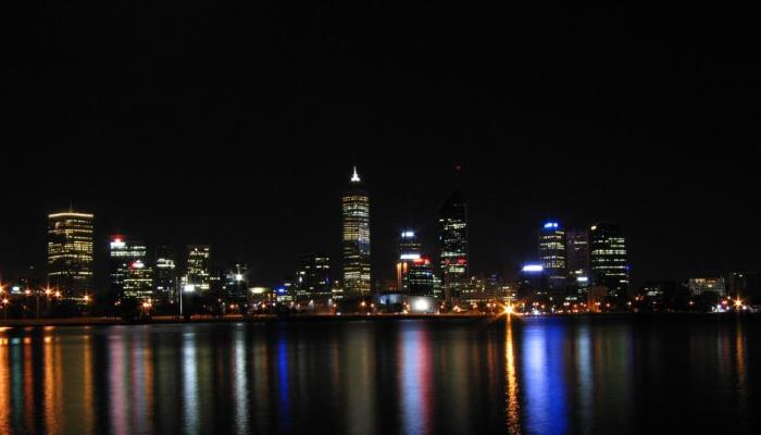 picture of Perth across water